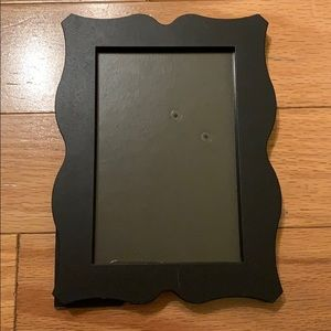 Umbra Black Scalloped Picture Frame